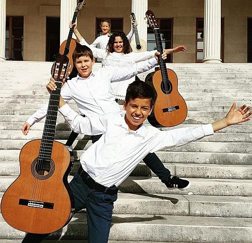 mladi gitaristi